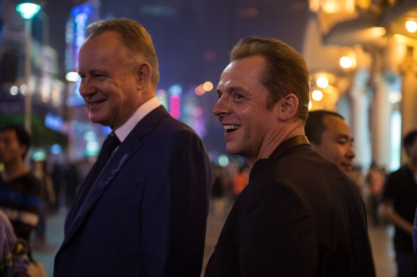 hector-and-the-search-for-happiness-simon-pegg-stellan-skarsgard-600x399
